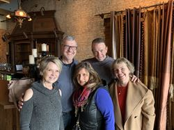 Kathy Rauchle (Laska), John McCreary, Jackie Stamos Harris, Billy McLaughlin, and Lisa Quist (Swanson) toured the Hall of Kings on April 2, 2019